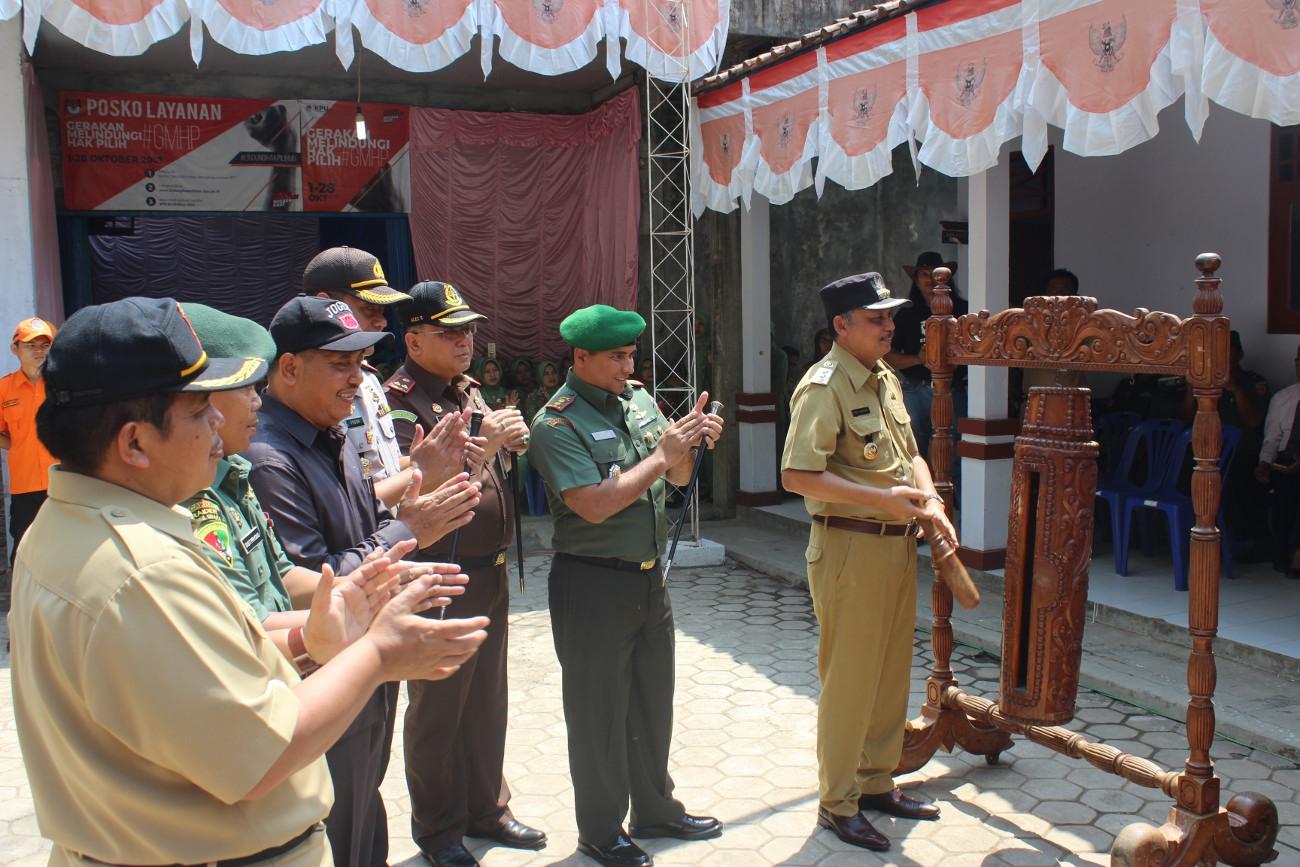 Bupati Buka TMMD Sengkuyung Tahap III Desa Tepansari