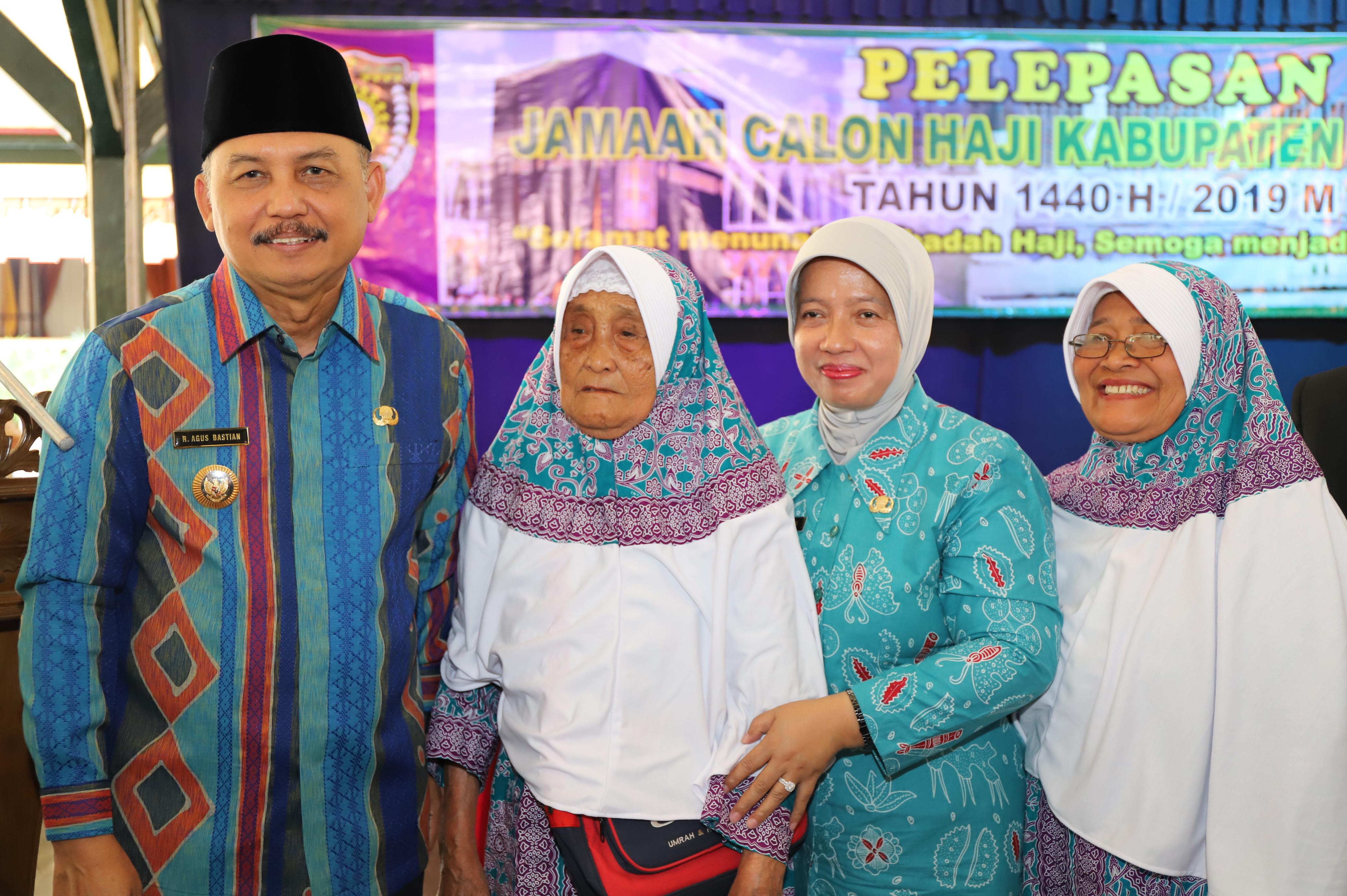 Bupati Lepas Jamaah Calon Haji Kabupaten Purworejo