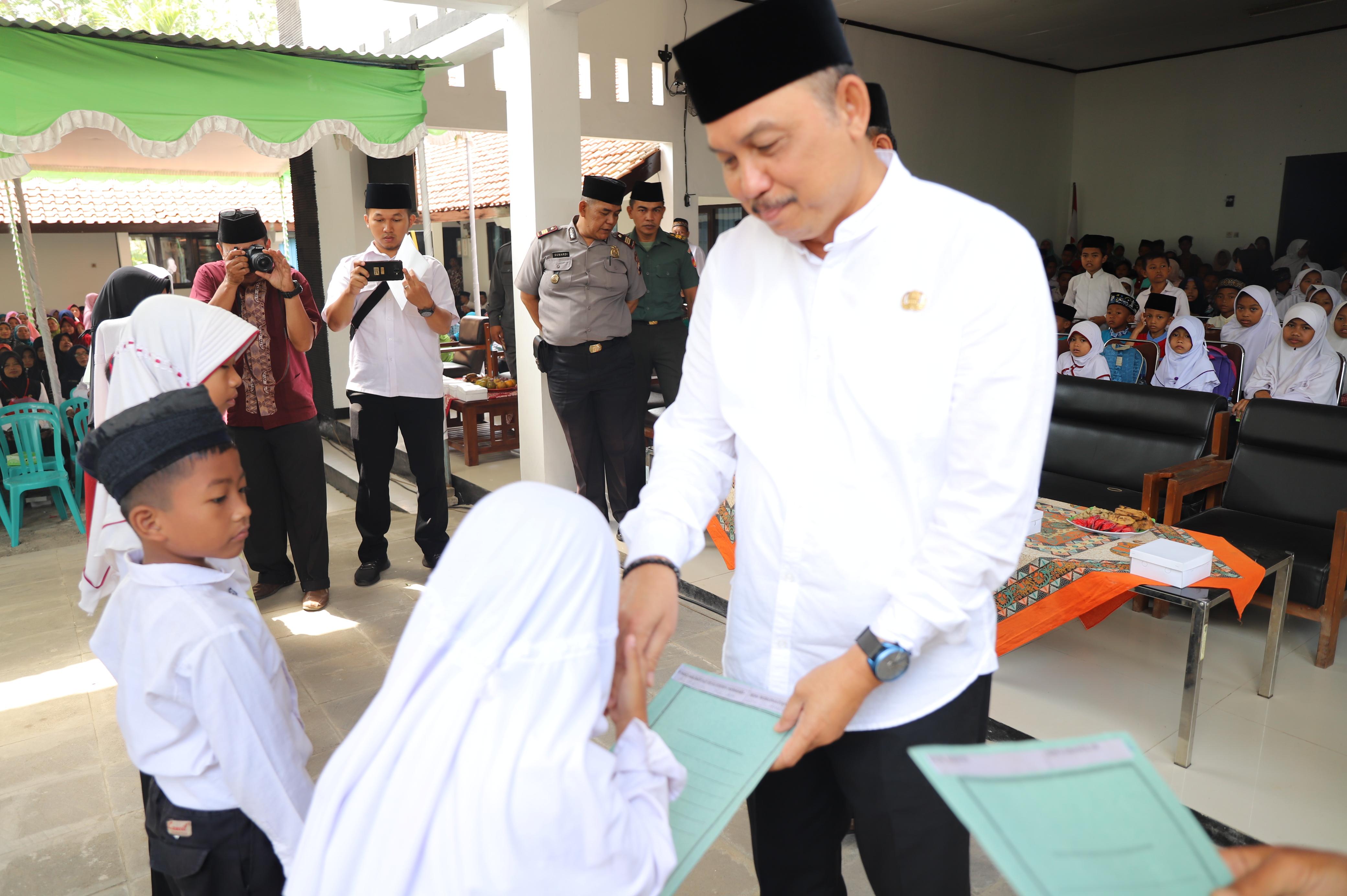 Peringati Tahun Baru Islam, Kecamatan Butuh Gelar Pengajian dan Beri Santunan Kepada Anak Yatim