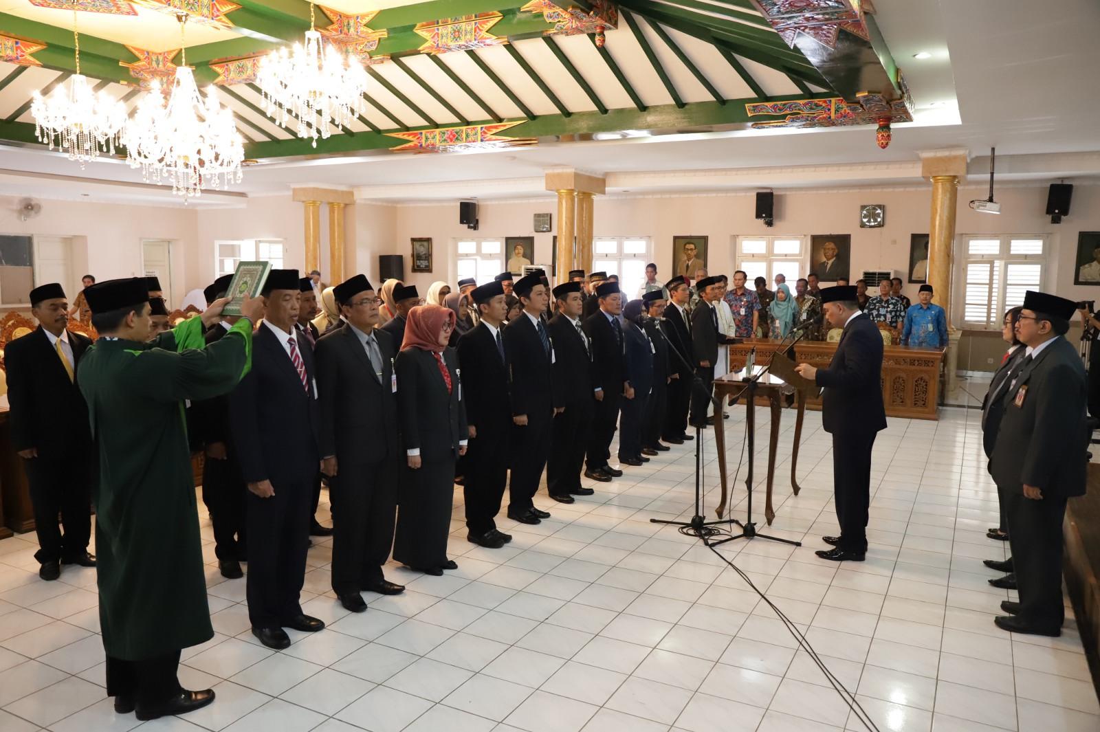 Sebanyak 32 Pejabat Pemkab Purworejo dimutasi