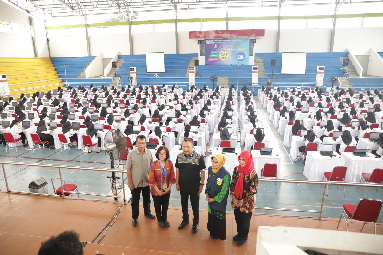 Bupati Tinjau Pelaksanaan Seleksi CPNSD Kabupaten Purworejo