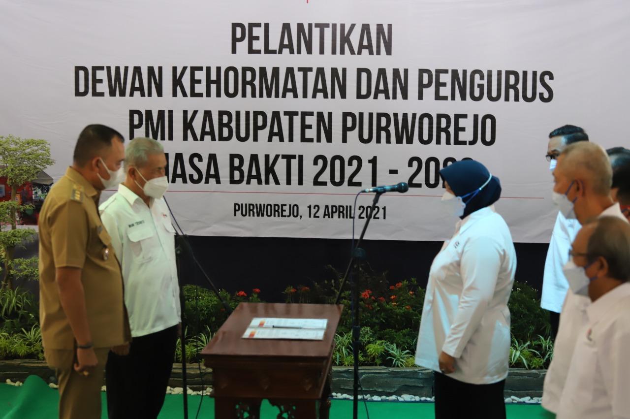 Yuli Hastuti Ketua PMI Purworejo Periode 2021-2026